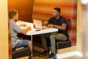 Sales Dvelopement Rep having a conversation