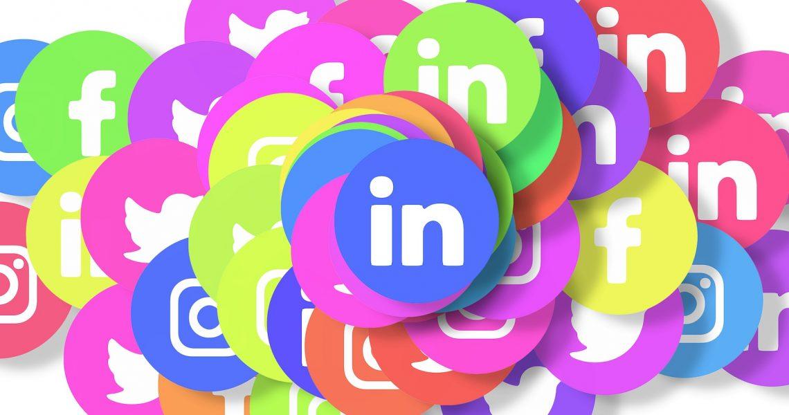 social-media-3129486_1920
